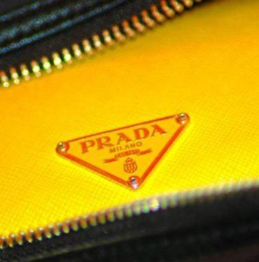 Conheça a inesquecível e luxuosa história da Prada